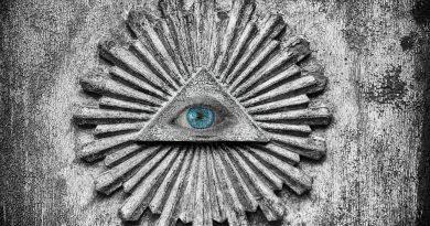 Svi mi pomalo verujemo u teorije zavere, zašto?