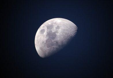 Na površini Meseca prvi put PRONAĐENA VODA!